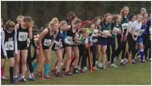 Jade ready to get off to a flyer in the Y9/10 Girls race (sixth from left, crouching)